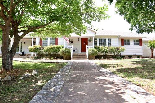 Photo of 209 Hereford Street, Glen Rose, TX 76043 (MLS # 14503774)