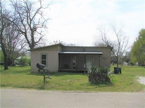 Photo of 1006 chase Street, Denison, TX 75020 (MLS # 14279776)