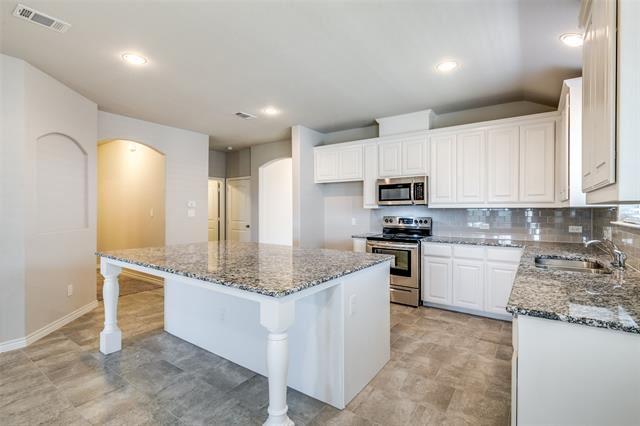 145 Wilson Cliff Drive, White Settlement, TX 76108 - MLS#: 14409777