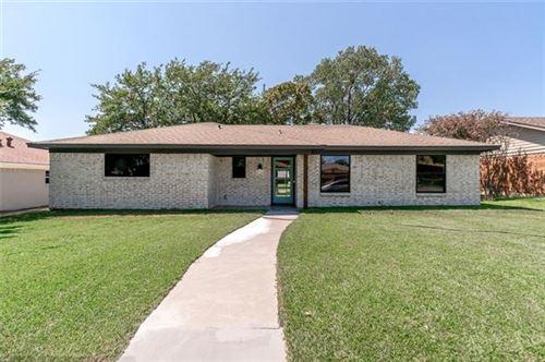 Photo of 2512 Bennett Avenue, Sherman, TX 75090 (MLS # 14423782)