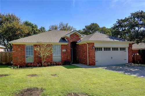 Photo of 3925 Chimney Rock Drive, Denton, TX 76210 (MLS # 14452784)