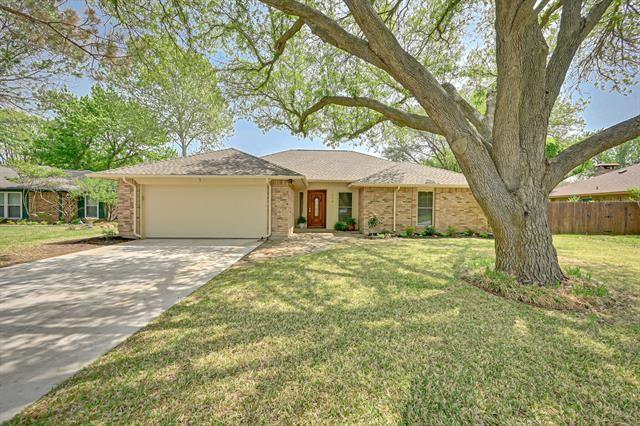1604 Almond Drive, Mansfield, TX 76063 - #: 14555785