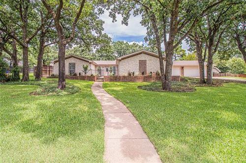Photo of 604 Hillside Road, Colleyville, TX 76034 (MLS # 14371786)