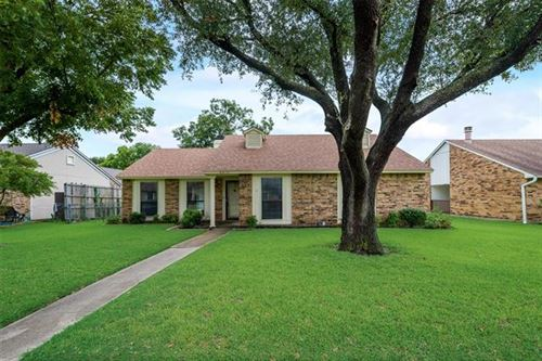 Photo of 4315 Karnes Drive, Mesquite, TX 75150 (MLS # 14427786)