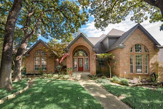 2902 Creekview Circle, Grapevine, TX 76051 - #: 14685787