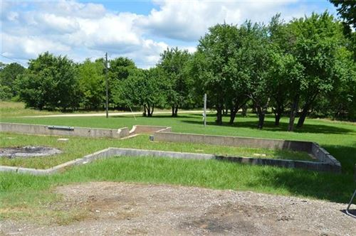 Photo of 11594 Private Road 2310, Quinlan, TX 75474 (MLS # 14109790)