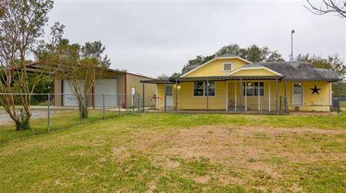 Photo of 5590 County Road 323, Terrell, TX 75160 (MLS # 14216790)