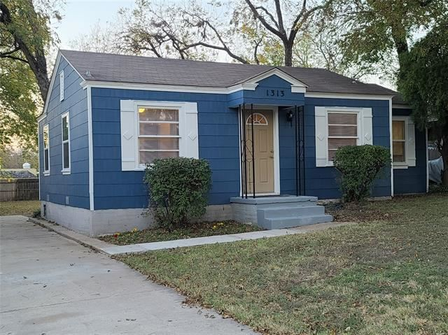1313 Westwick Drive, River Oaks, TX 76114 - #: 14470790