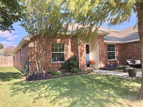 Photo of 1409 Pepperidge Lane, Fort Worth, TX 76131 (MLS # 14455793)