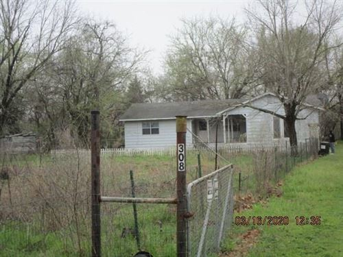 Photo of 308 Old South Street #MBROSE, Bells, TX 75414 (MLS # 14312796)