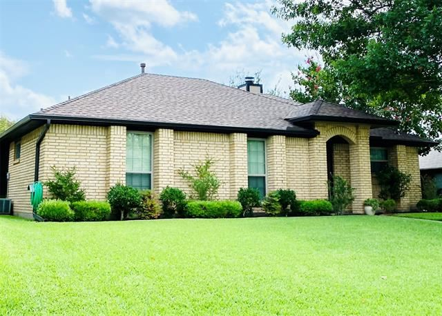 2106 Woodglen Drive, Garland, TX 75040 - #: 14653796