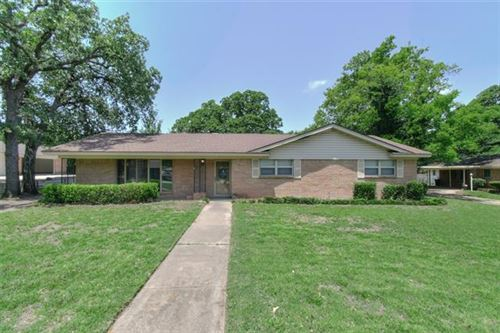 Photo of 1313 Woodway Drive, Hurst, TX 76053 (MLS # 14376799)
