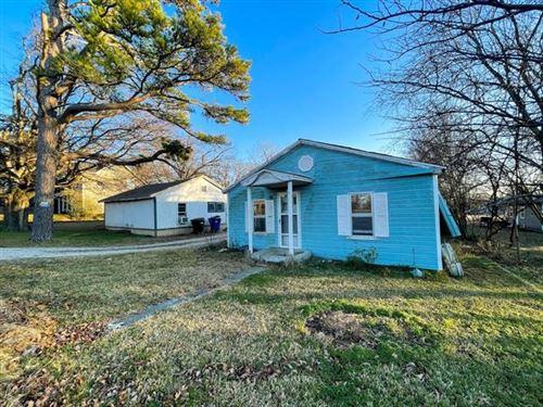 Photo of 606/608 E Texas, Denison, TX 75021 (MLS # 14499799)