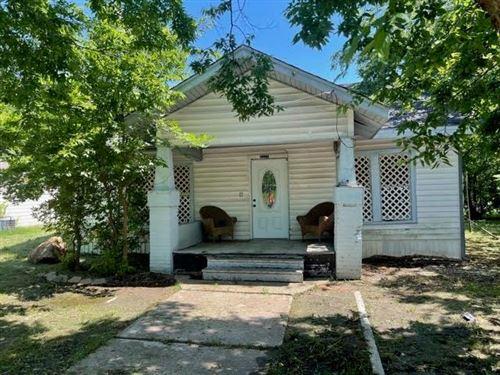 Photo of 4221 Pickett Street, Greenville, TX 75401 (MLS # 14601799)
