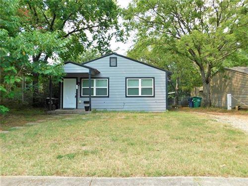 Photo of 406 W Highland Street, Denton, TX 76201 (MLS # 14628800)
