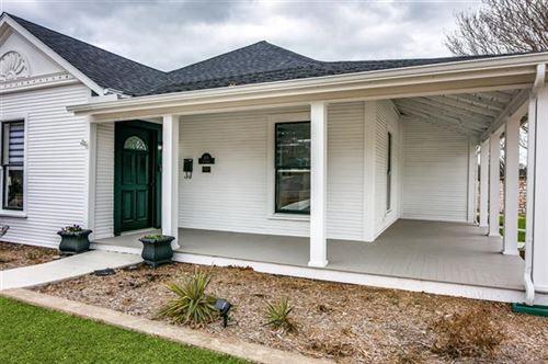 Photo of 401 S Clark Street, Rockwall, TX 75087 (MLS # 14544802)