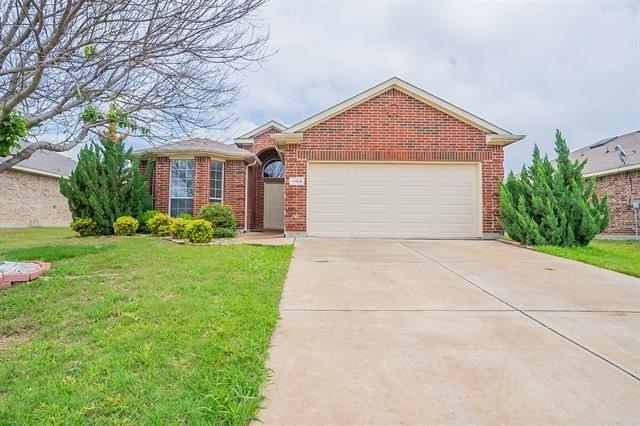 1104 Hearthstone Drive, Burleson, TX 76028 - #: 14584804
