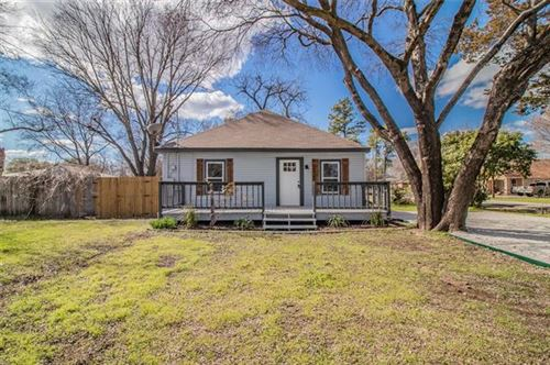 Photo of 100 S Levy Street, Pilot Point, TX 76258 (MLS # 14306806)
