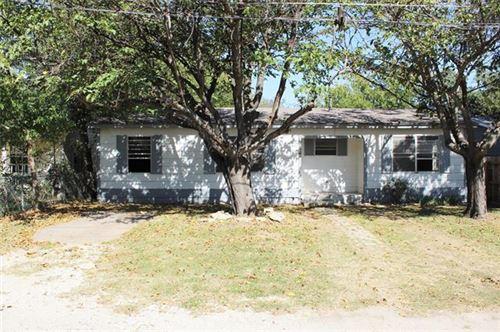 Photo of 1399 N Estes Street, Stephenville, TX 76401 (MLS # 14452807)
