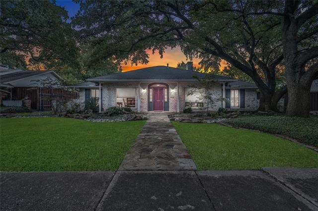 5031 Harvest Hill Road, Dallas, TX 75244 - #: 14530807
