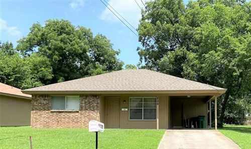 Photo of 720 N Taylor Street, Gainesville, TX 76240 (MLS # 14623808)