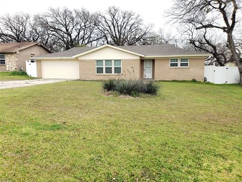 Photo of 900 Mccurry Avenue, Bedford, TX 76022 (MLS # 14255810)