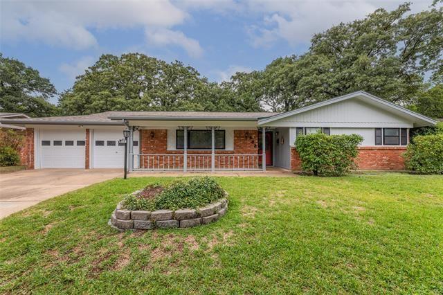 608 Post Oak Drive, Hurst, TX 76053 - #: 14657812