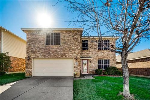 Photo of 2112 Benning Way, Fort Worth, TX 76177 (MLS # 14264814)