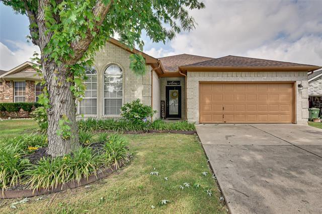1927 Chandler Lane, Arlington, TX 76014 - #: 14377815