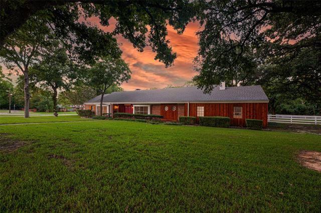 801 Western Hills Drive, Sherman, TX 75092 - #: 14658815