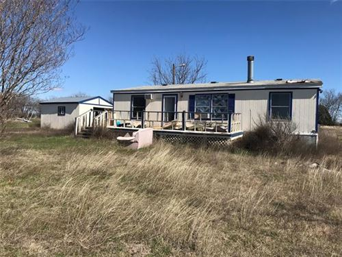 Photo of 11624 Cactus Court, Justin, TX 76247 (MLS # 14288819)