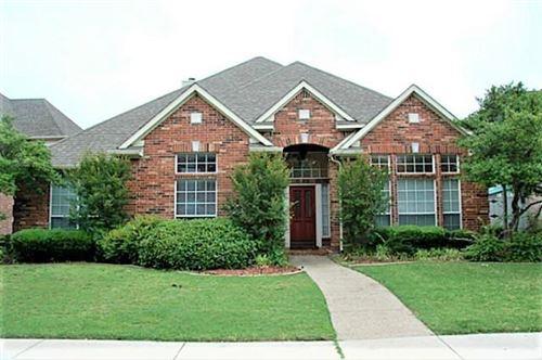 Photo of 17826 Benchmark Drive, Dallas, TX 75252 (MLS # 14608819)
