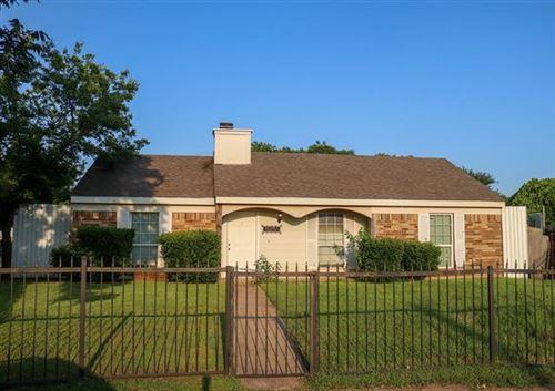 Photo of 632 Esterine Road, Dallas, TX 75217 (MLS # 14608822)