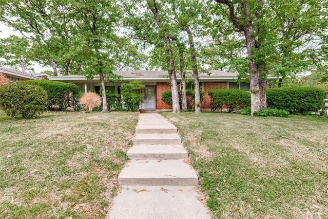 700 W Cheryl Avenue, Hurst, TX 76053 - #: 14552823