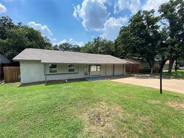 1812 Warren Lane, Fort Worth, TX 76112 - #: 14659824