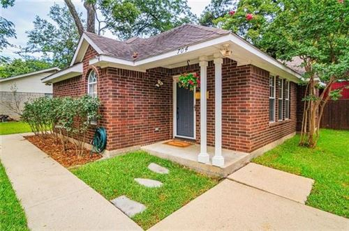 Photo of 704 1st Avenue, McKinney, TX 75069 (MLS # 14475826)