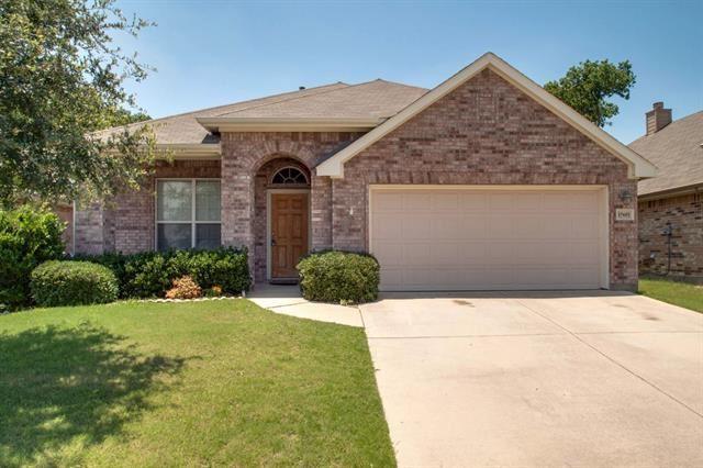 15601 Gatehouse Drive, Fort Worth, TX 76262 - #: 14677828