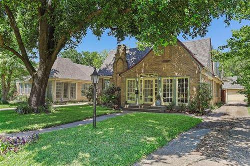 Photo of 414 Cordova Street, Dallas, TX 75223 (MLS # 14346833)