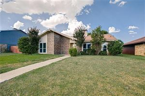 Photo of 817 Via Altos, Mesquite, TX 75150 (MLS # 14182836)