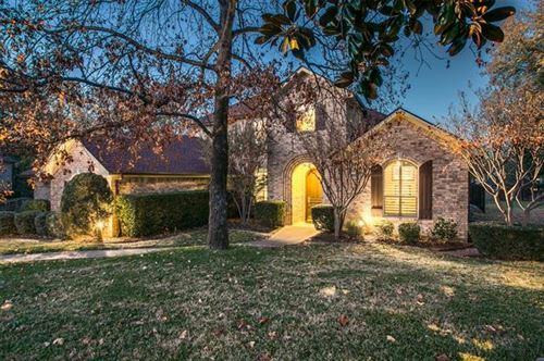 Photo of 913 Shadow Ridge Drive, Highland Village, TX 75077 (MLS # 14475836)