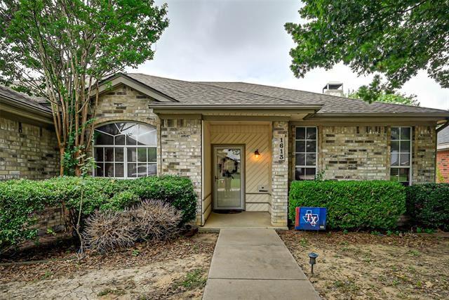 1613 OXFORD Drive, Mansfield, TX 76063 - #: 14608836