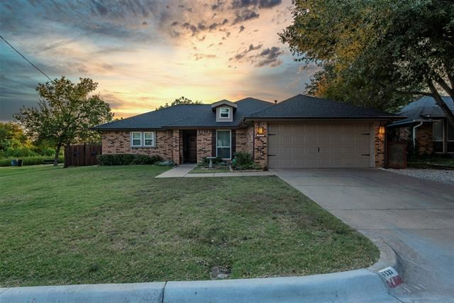 6533 Shadydell Drive, Fort Worth, TX 76135 - #: 14459840