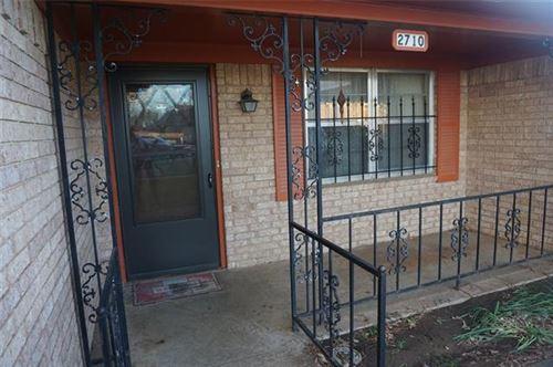 Photo of 2710 W Walker Street, Denison, TX 75020 (MLS # 14509843)