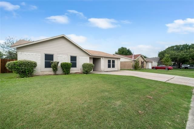 2225 Sheriff Drive, Grand Prairie, TX 75051 - MLS#: 14435843