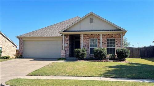 Photo of 8203 Macgregor Drive, Arlington, TX 76002 (MLS # 14687847)