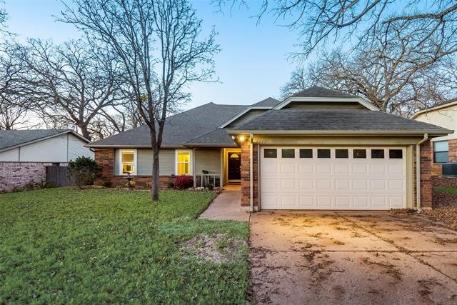 2111 Reverchon Drive, Arlington, TX 76017 - #: 14507847