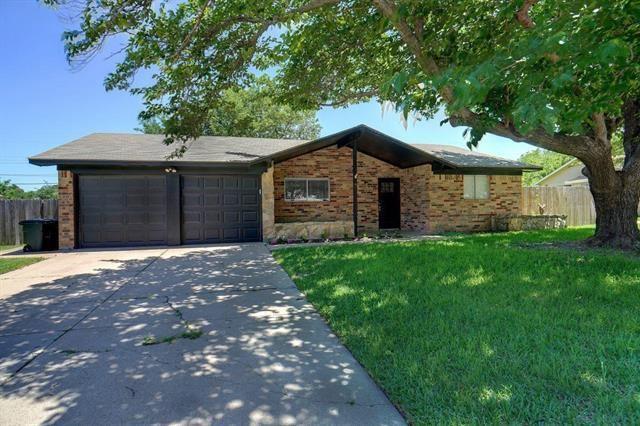 1205 Cozby Street E, Benbrook, TX 76126 - #: 14573848