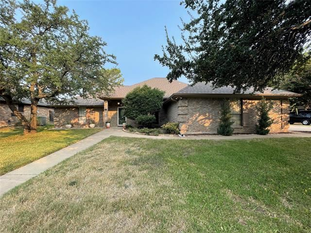 408 Flagstone Drive, Burleson, TX 76028 - #: 14668858