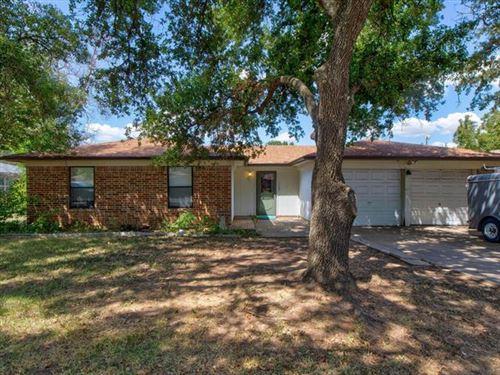 Photo of 1208 Wedgewood Drive, Cleburne, TX 76033 (MLS # 14664862)