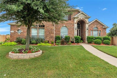 Photo of 1181 Diamond Back Lane, Fort Worth, TX 76052 (MLS # 14441863)